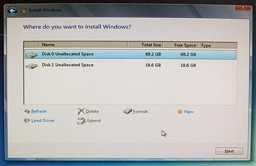 Окно выбора диска для установки Windows 7